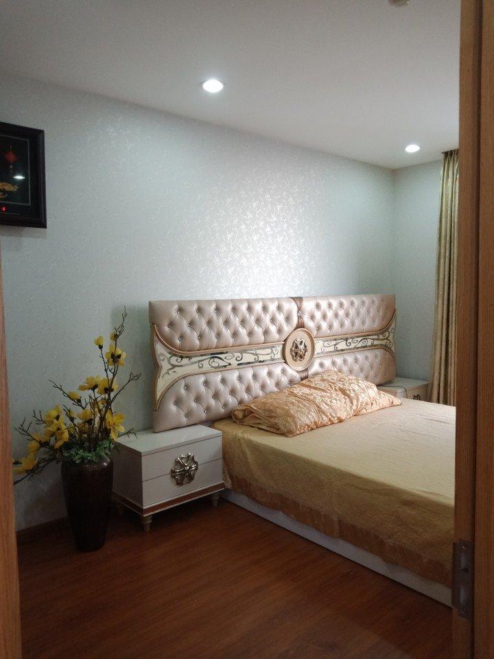 d5fb8a54850965573c18 phong cách giản đơn nhưng không hề kém sang trọng của căn phòng khi được trang trí giấy dán tường hàn quốc