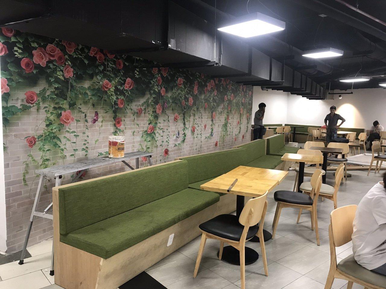 TRANH BONG HONG DAY tranh dán tường 3d viên gạch và bông hồng