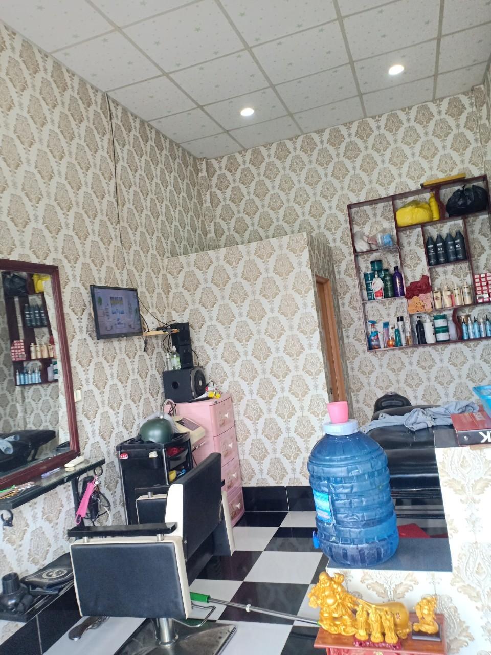 DIO14001 giấy dán tường tiệm tóc dio14001