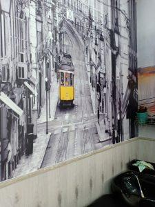 tranh 3d xe lua co Thêm Tranh Dán Tường Và Ốp Sàn Gỗ Bàn Giao Hoàn Thiện Salon Tóc Cho Anh Hùng Thanh Lịch Cực Đẹp